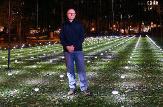 Madison Square Park is all aglow, thanks to artist Erwin Redl