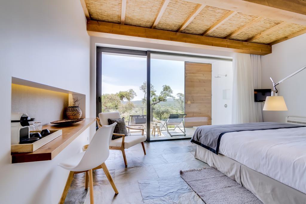 Monte Velho Equo Resort