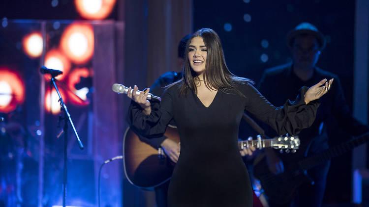 Yuridia presenta su Primera Fila, disco en vivo
