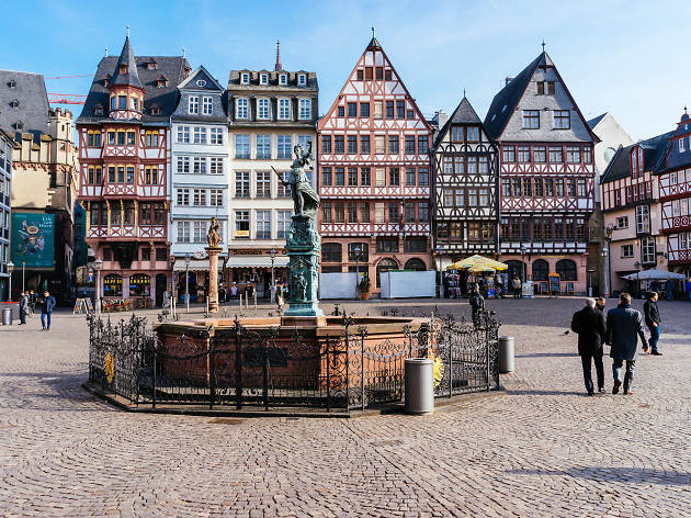 Take a walking tour of Frankfurt's reconstructed Old Town