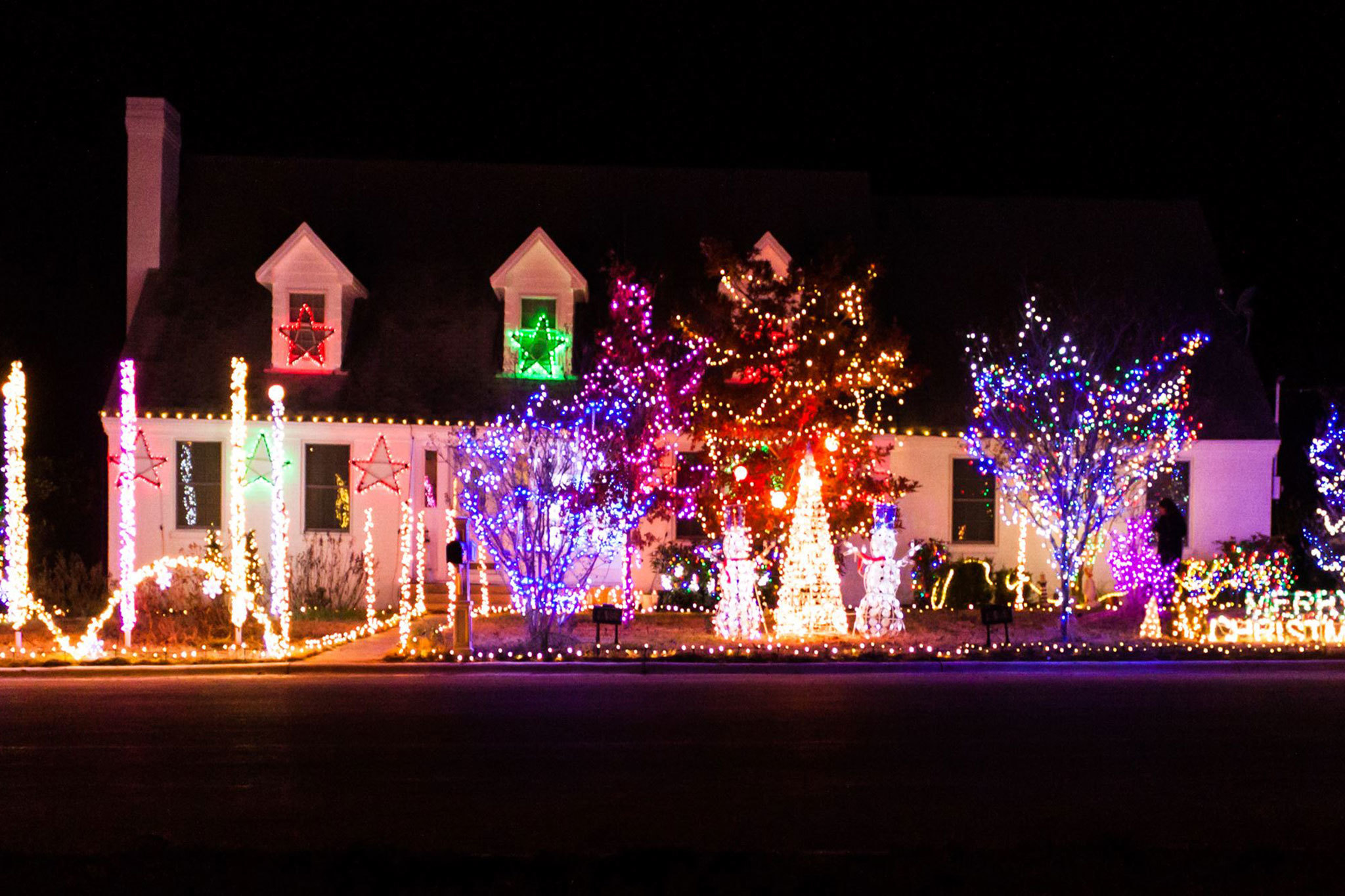Shady Oak Christmas Display