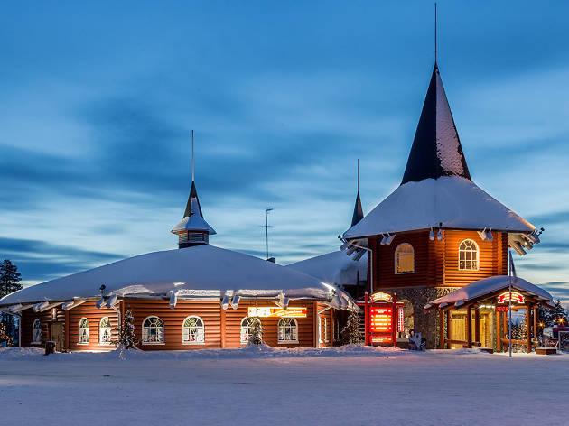 Laponya'da buz çöllerinin üzerinde kızak turu yapın