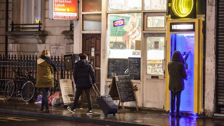 la cabina, london's best secret bars