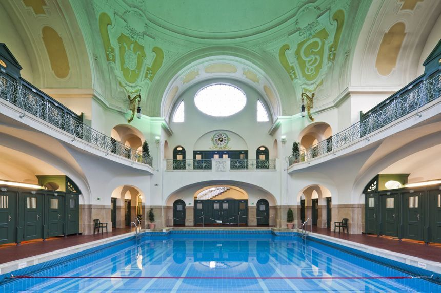 Dive in to the German bathing culture at Müllersches Volksbad