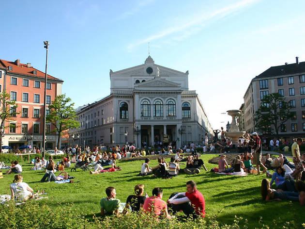 Stroll the Glockenbachviertel, the city's prettiest district