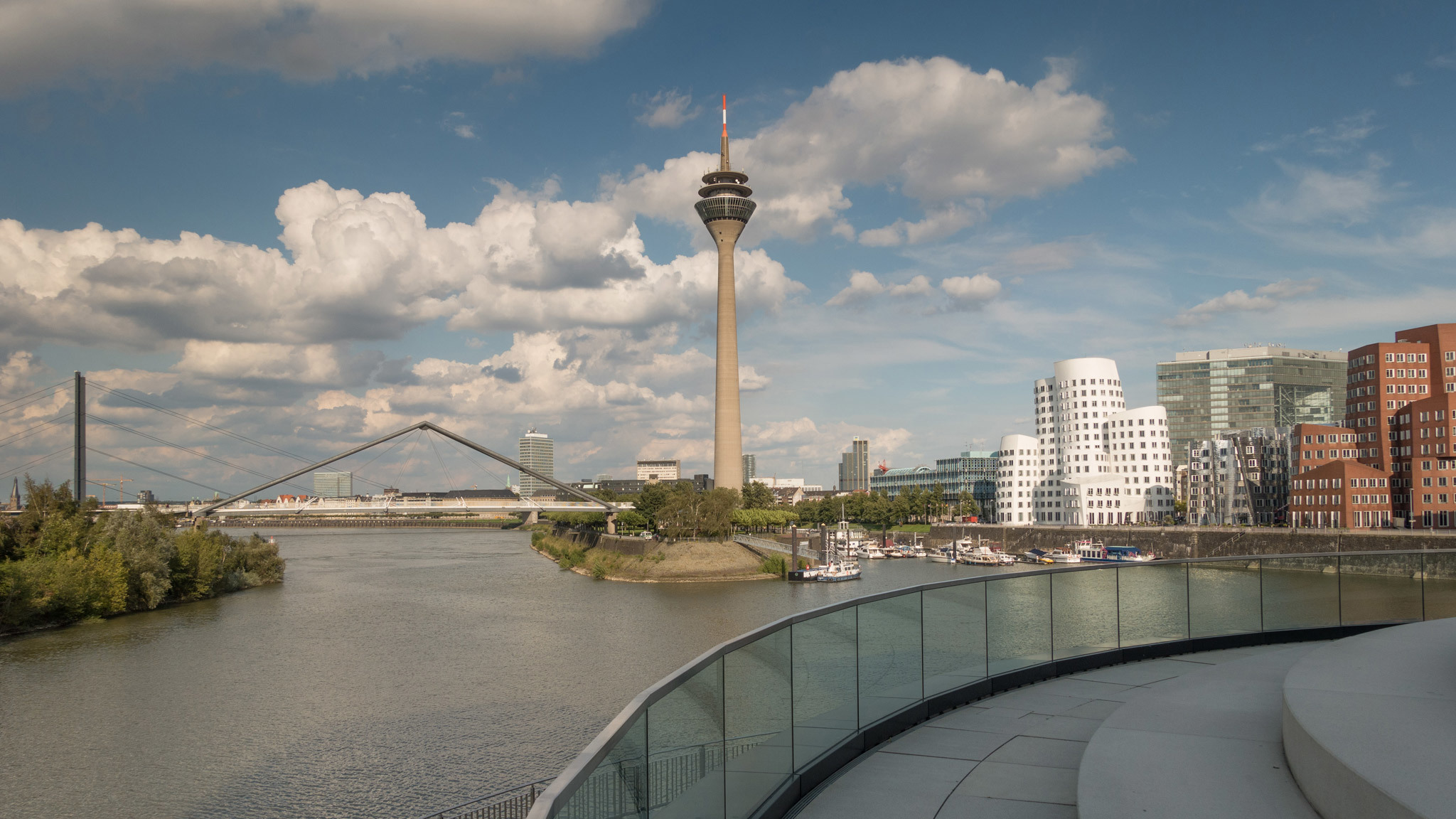 Five great tours of Düsseldorf
