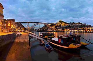 Porto tours- Sightseeing at night