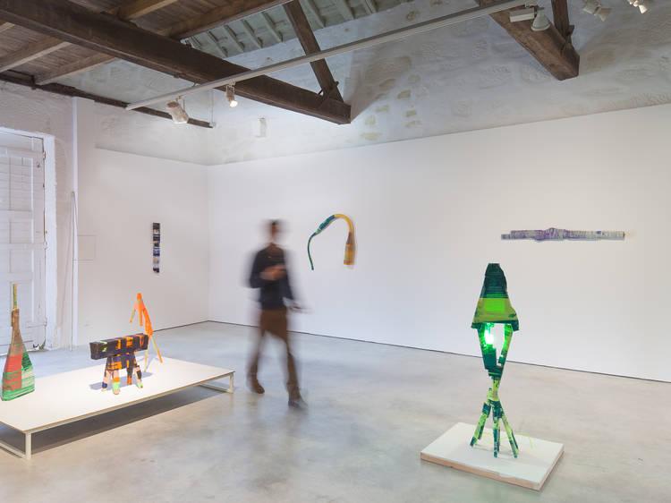 Show Me – Design & Art Gallery
