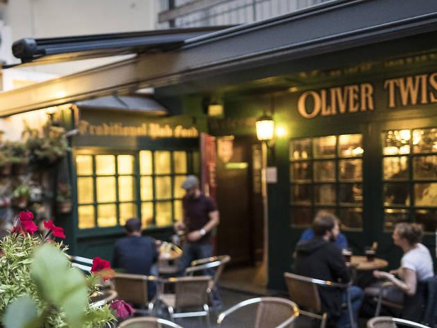 Oliver Twist pub - Zurich