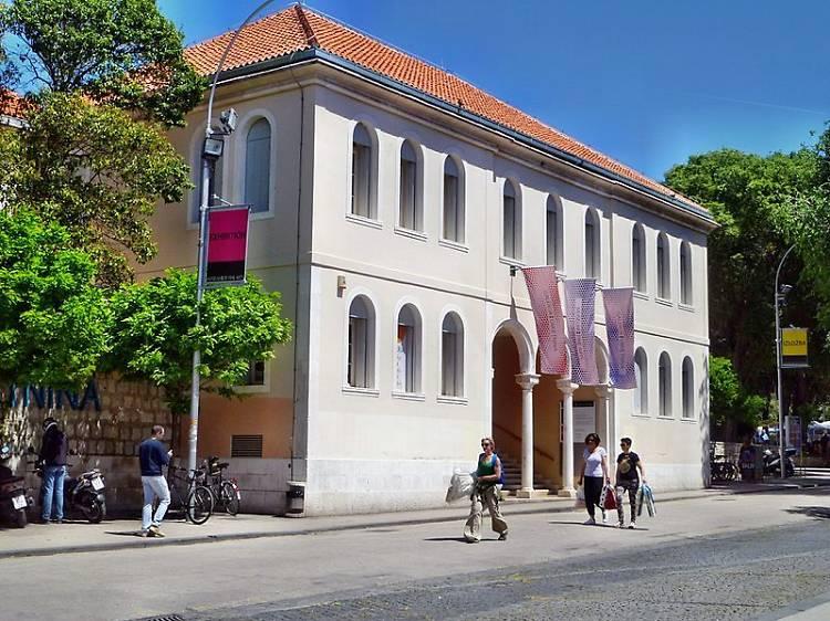 Take in a century of Croatian art