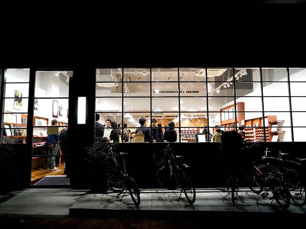 オーダーノートが人気の文具専門店カキモリ 蔵前がリニューアルオープン
