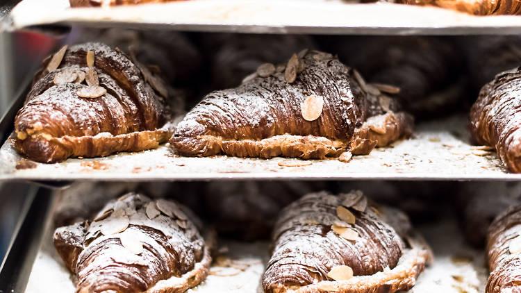 london's best bakeries - little bread peddler