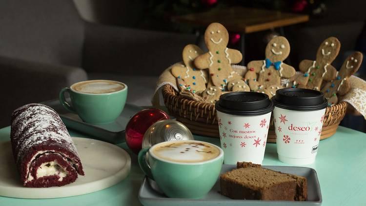 Postres y cafés navideños en Deseo Café