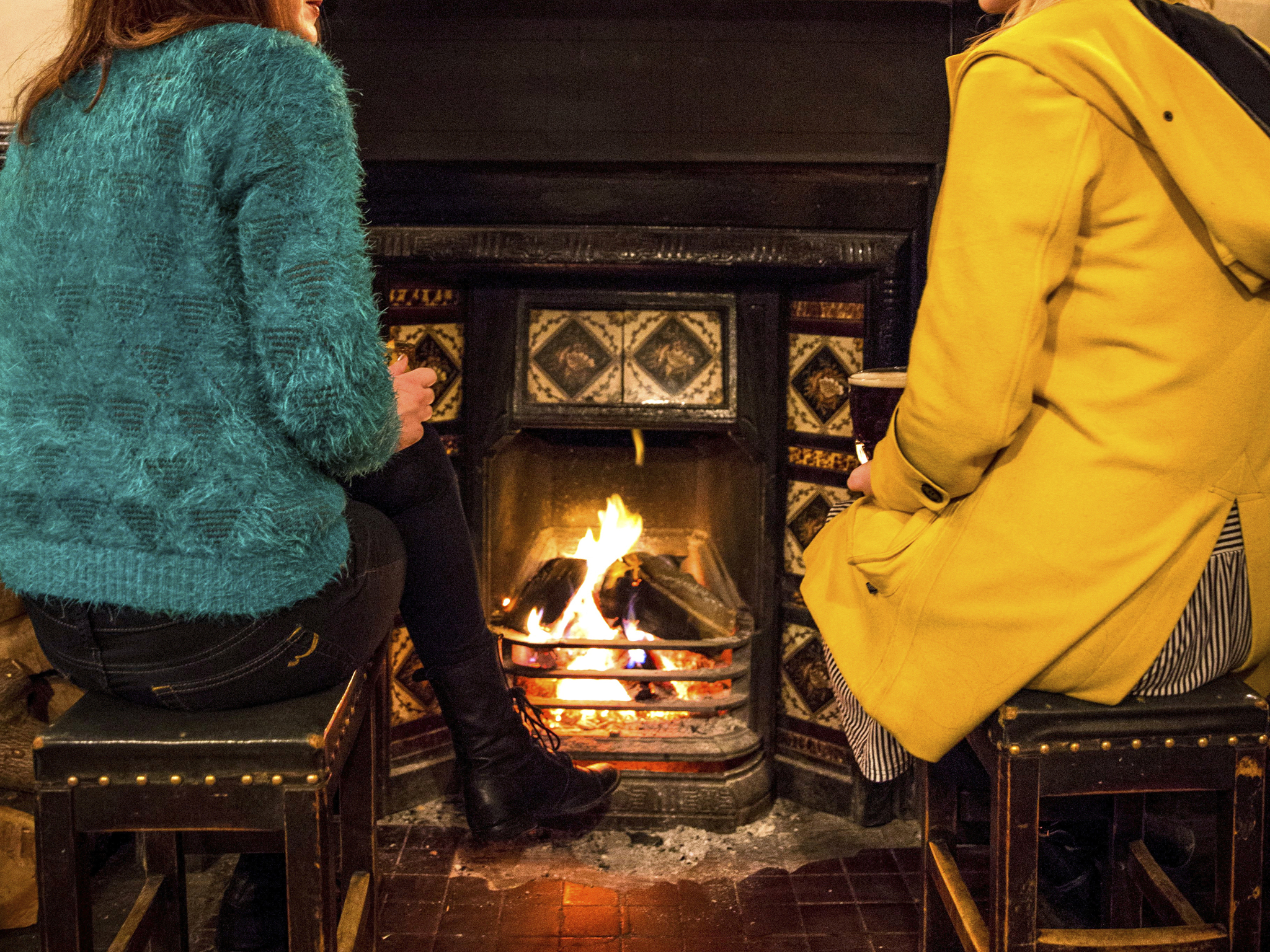 34 London pubs with open fires