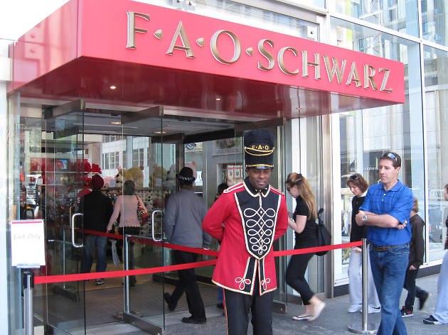 Iconic toy store FAO Schwarz announces plans to finally reopen in NYC