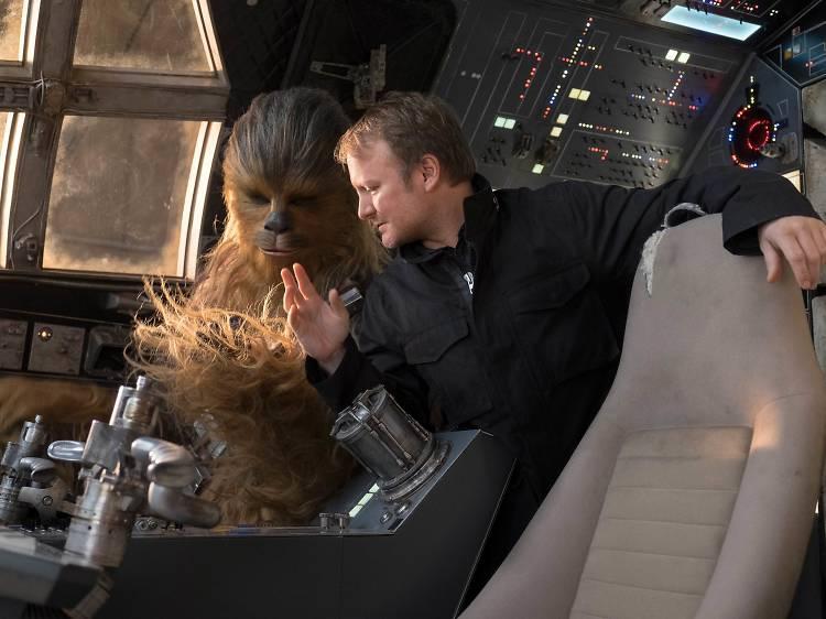 "Rian Johnson: ""Star Wars é sinónimo  de diversão"""