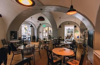 Lav Galerija & Caffe