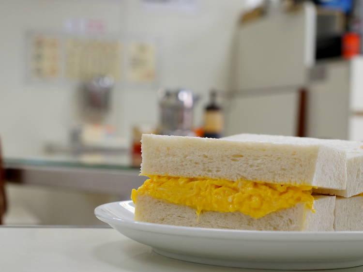 Egg sandwich at Luen Fat