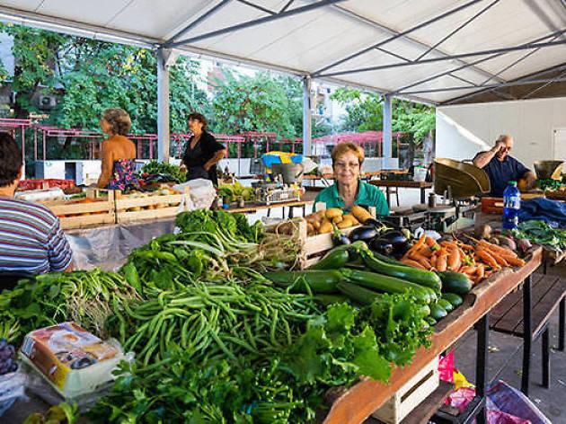 Lapad Market
