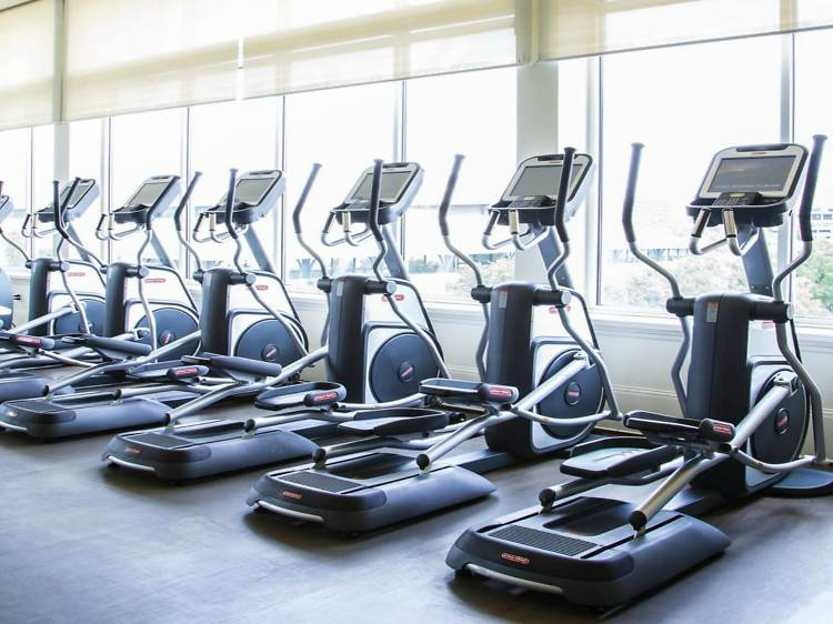 For a luxury experience combining fitness and relaxation: Mecca Gym & Spa