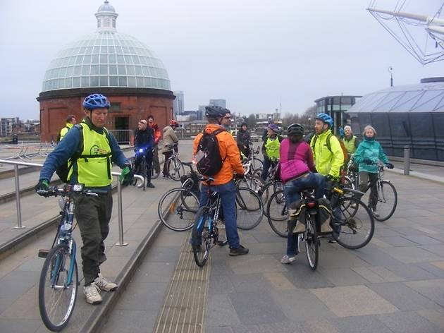 Cyclists in Southwark: Christmas Day Ride