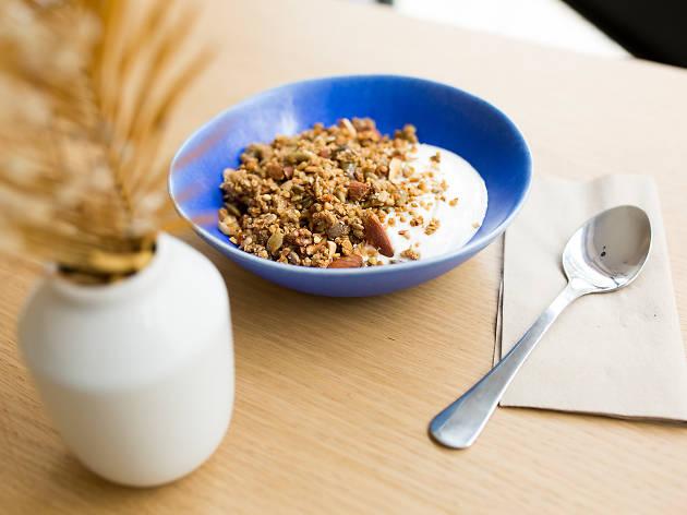 Oito sítios para tomar um pequeno-almoço saudável no Porto