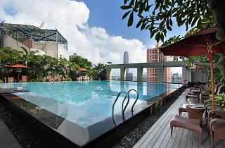 Queen's Garden outdoor pool