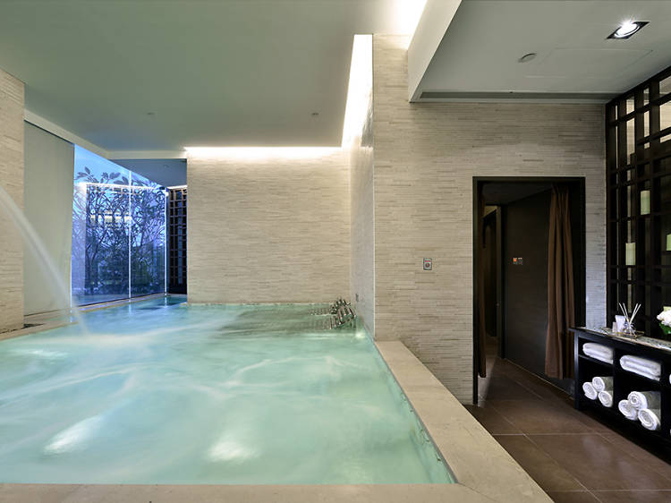 Relaxation pool
