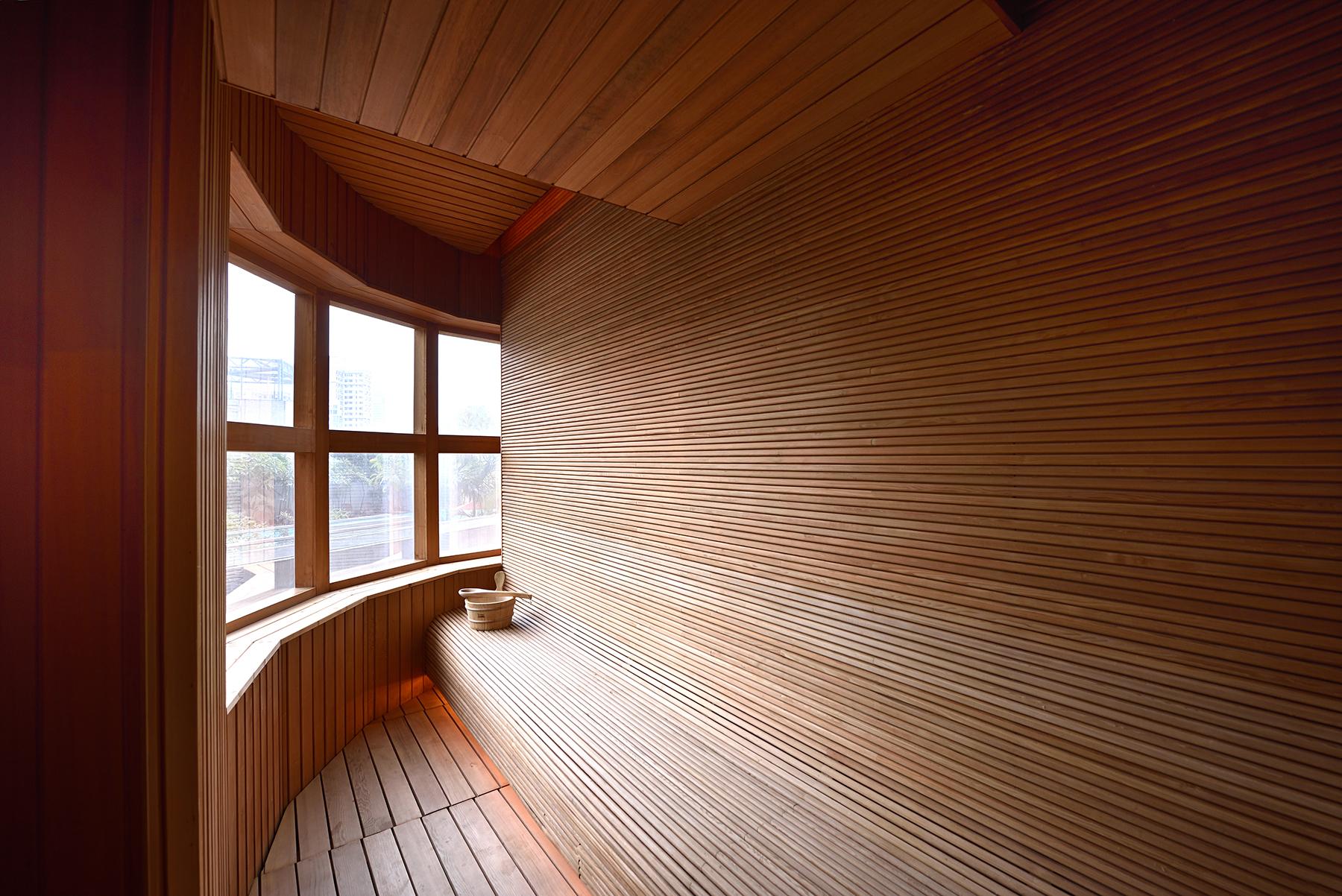 Queen's Garden Sauna