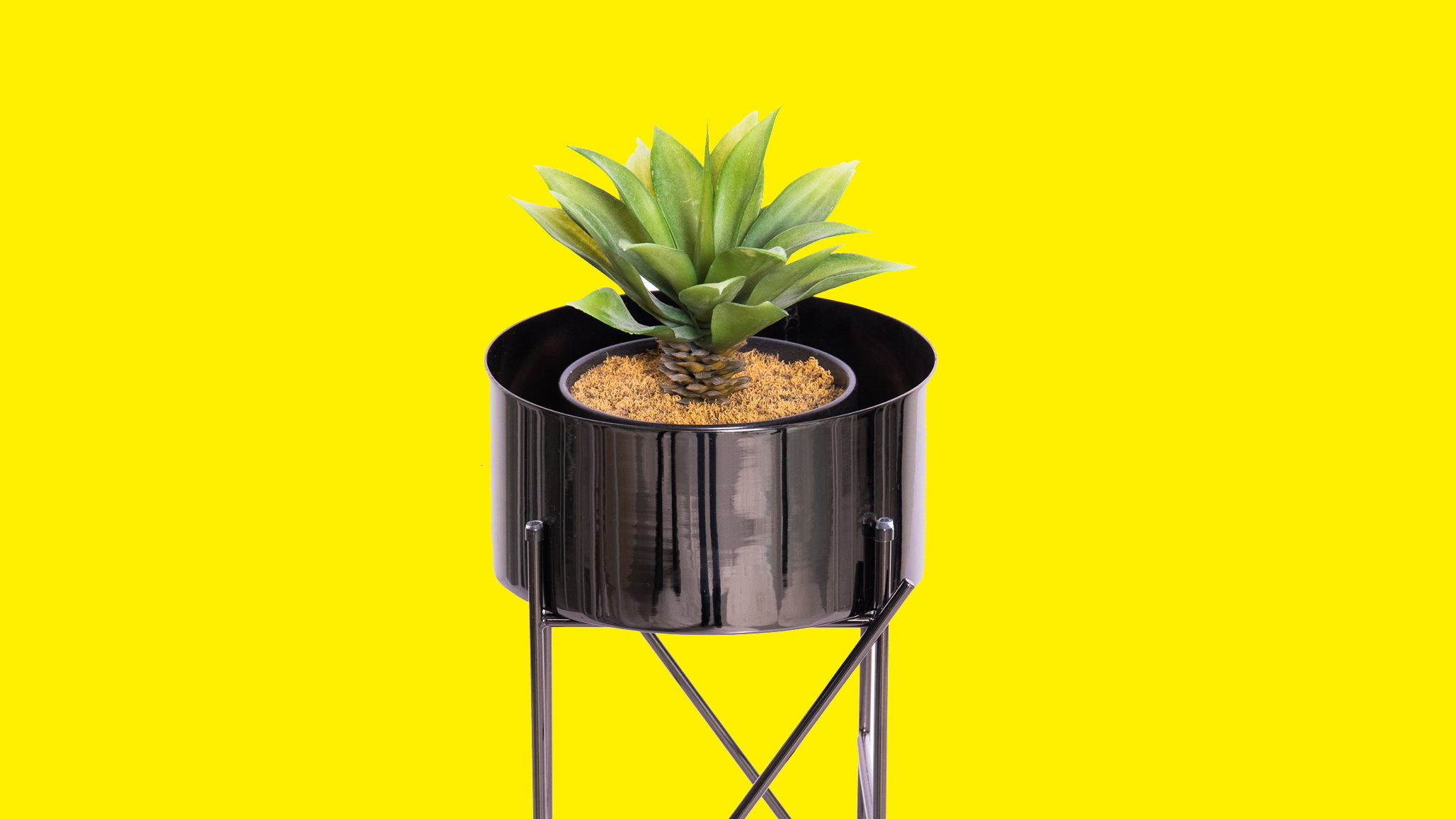 Gift Guide, Metal plant pot