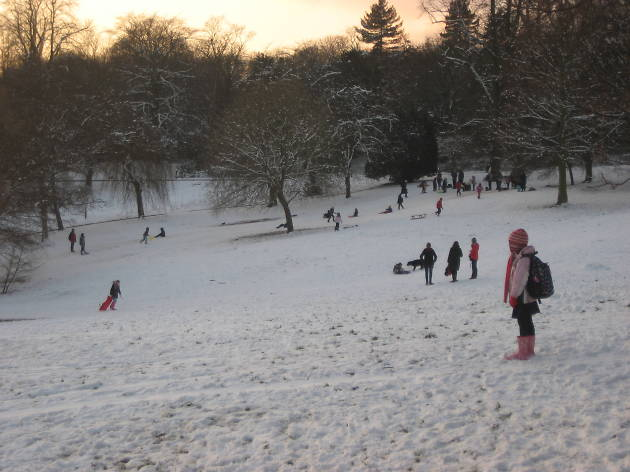 Waterlow Park in the snow