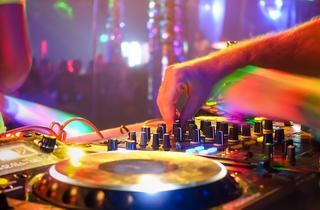 La històrica discoteca Up&Down haurà de tancar