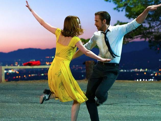 Emma Stone and Ryan Gosling star in La La Land, directed by Damien Chazelle.Photo: Dale Robinette.Copyright: Lionsgate Films. All Rights Reserved.