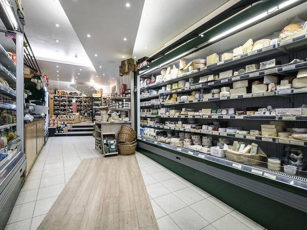 jeroboams cheese and wine shop in holland park
