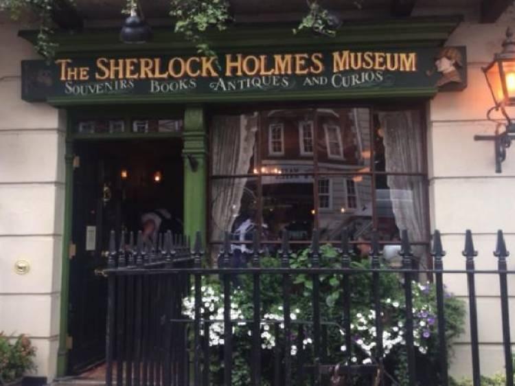 Private Sherlock Holmes walking tour