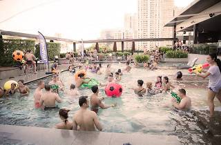 NYE 2018: 'Double Drop' Pool & Riverside Party