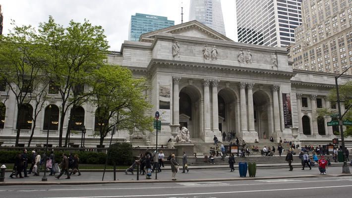 Here's the list of most popular books at the New York Public Library in 2017