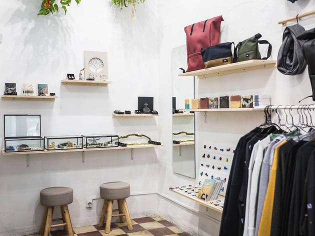 LUPA Popup Store