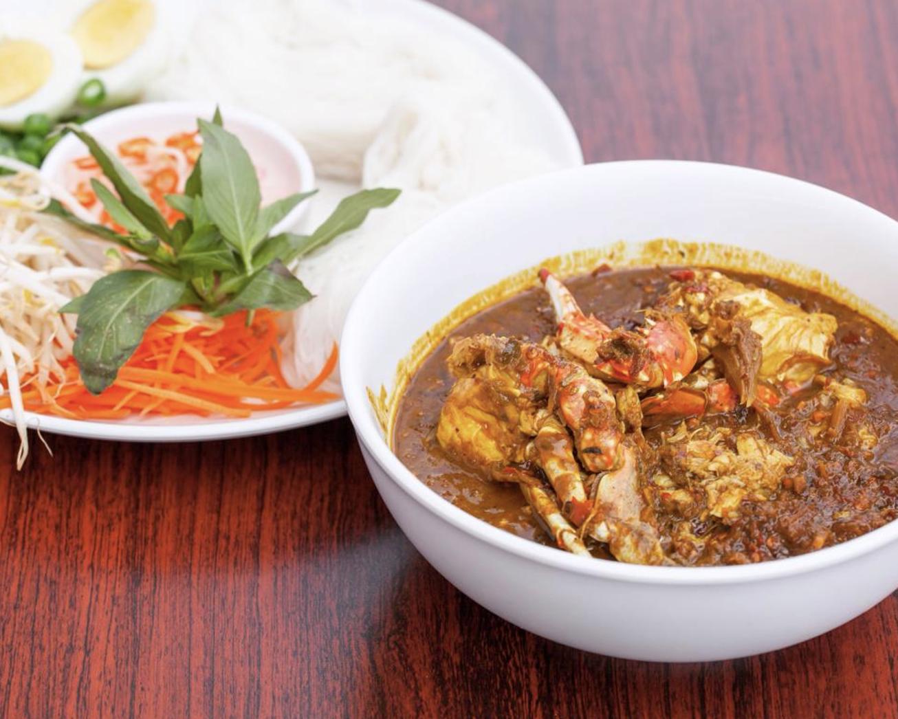 Phuket-Style Crab Curry Kanomjean at Luv2Eat Thai Bistro