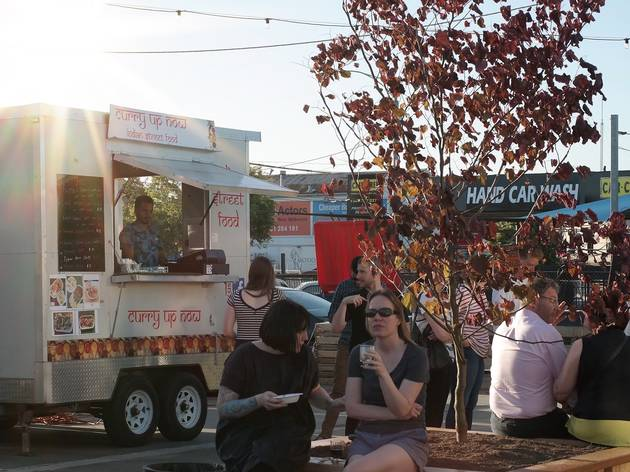 Curry food truck at The Ascot Lot
