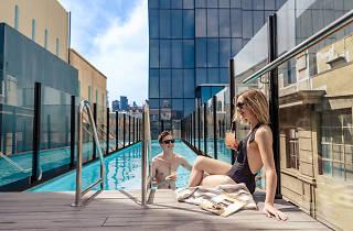 Adelphi Hotel rooftop pool Dec 2017