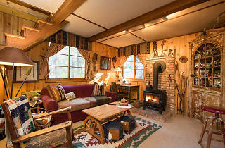 Log cabin for two, Idyllwild, CA