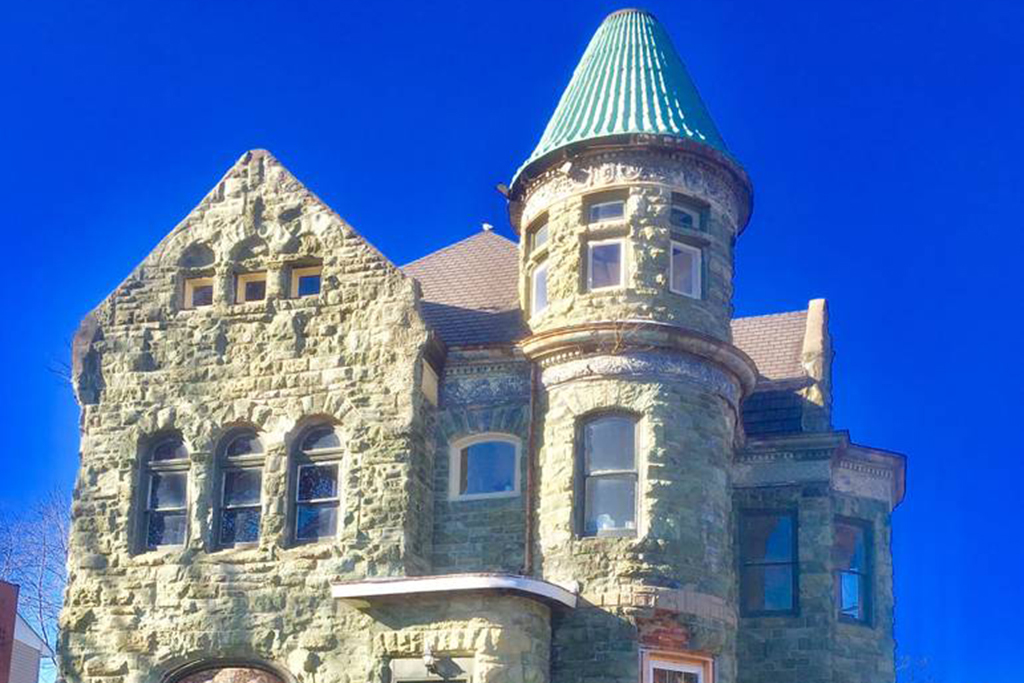 The Castle on Roanoke in Peoria, IL