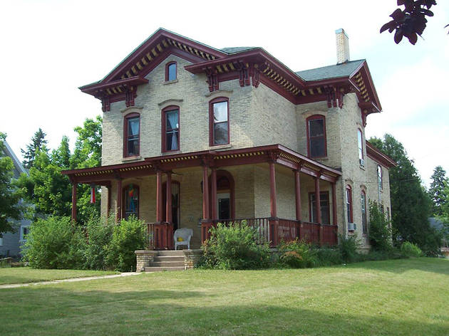 Nelson Salisbury House in Whitewater, WI