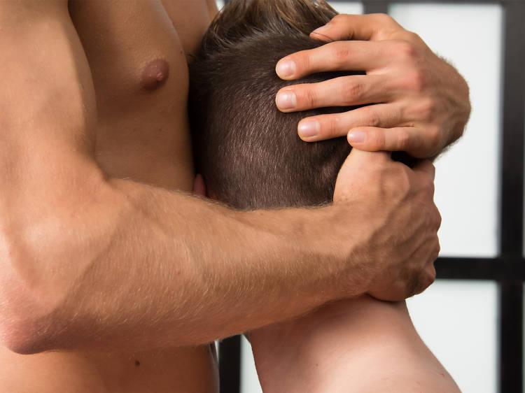 BONUS: Taller de masaje erótico hombre a hombre