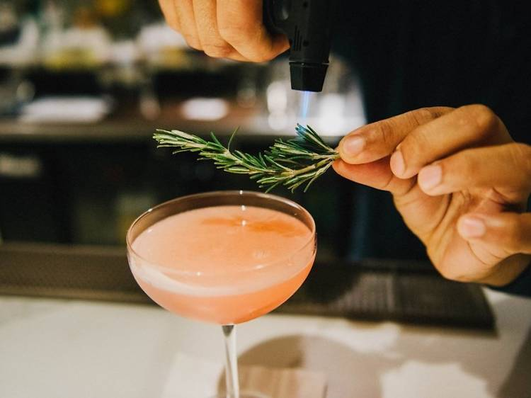 18 coziest bars in Philly