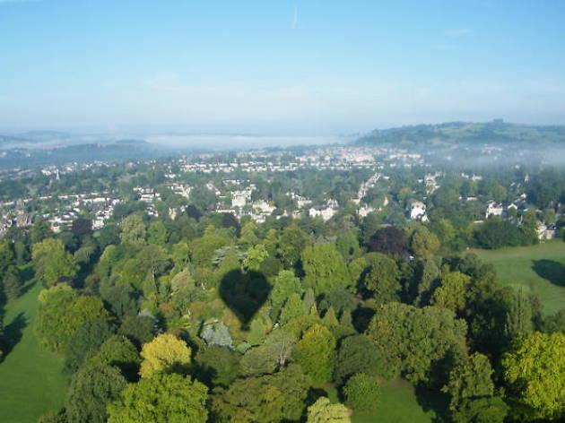 Bath hot air balloon flight