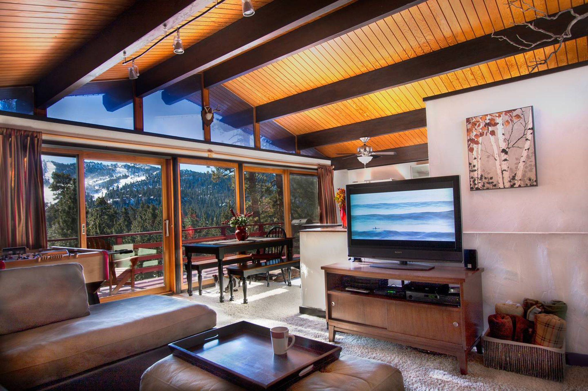 Treehaus Chalet in Big Bear Lake, CA