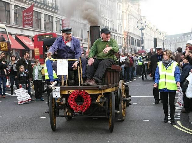 AT_RegentStreetMotorShow_press2011_002.jpg