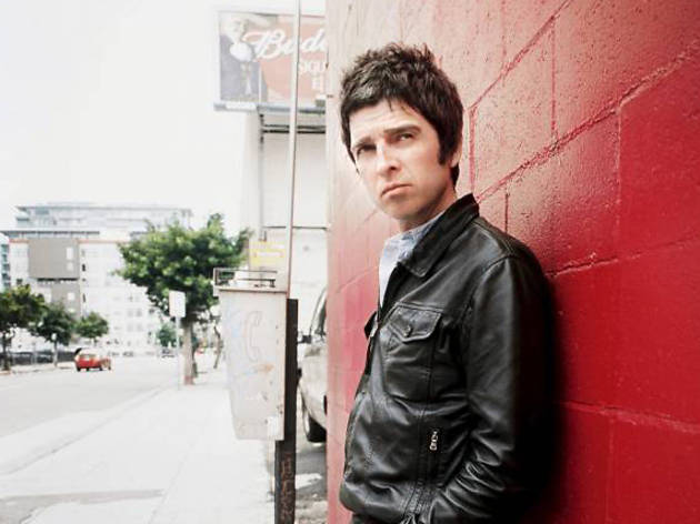 Noel Gallagher's High Flying Birds + Reverend And The Makers